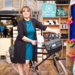 Moradora de Mairinque oferece oficinas de costura comunitária