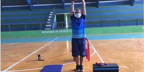 Ibiúna disponibiliza nova vídeoaula com exercícios físicos
