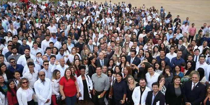 Mais Médicos: Governo fará edital para preencher vagas deixadas por cubanos
