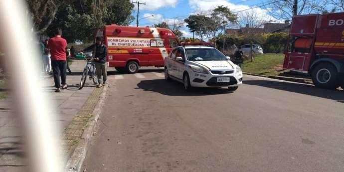 Seis pessoas ficam feridas após jovem armado invadir escola no RS e tentar incendiá-la