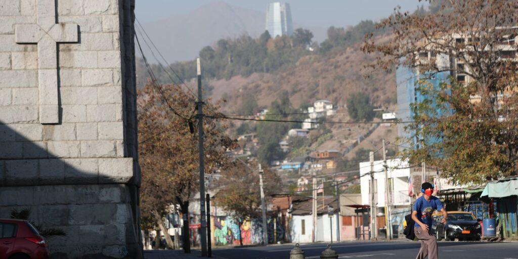 Chile faz novo lockdown com 75% da população vacinada