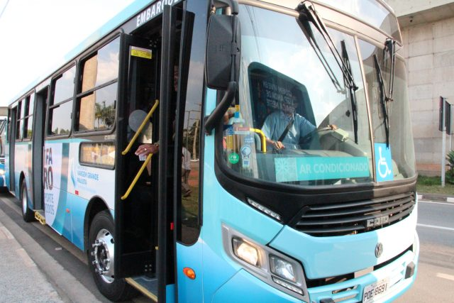 Programa Tarifa Zero é citado como tendência para transporte público durante evento na Europa