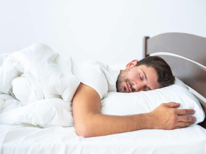 Posições para dormir: Dores no corpo são queixas frequentes em consultórios