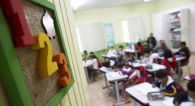 Aulas presenciais em Mairinque voltam dia 1º de março; pais poderão escolher formato