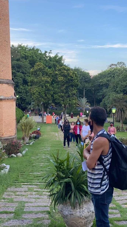 São Roque já vacinou mais de 600 profissionais da educação