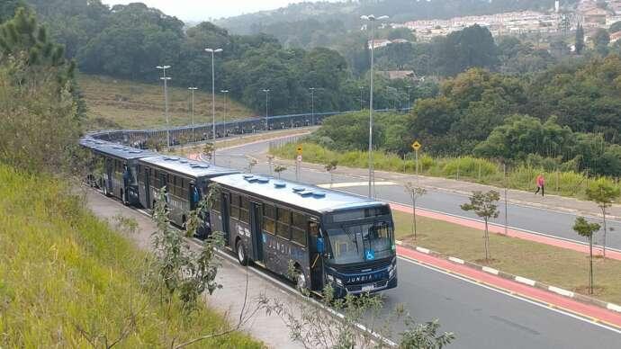 Ônibus zero quilômetro chegam a São Roque